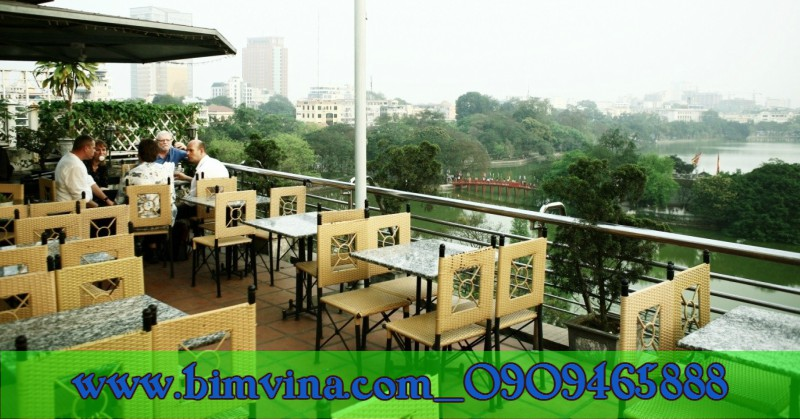 https://bimvina.files.wordpress.com/2018/01/thiet-ke-trang-tri-quan-cafe.jpg
